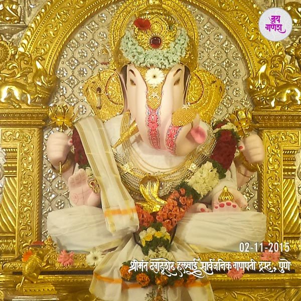 Dagdusheth-Ganapti--Image-02nd-November-2015