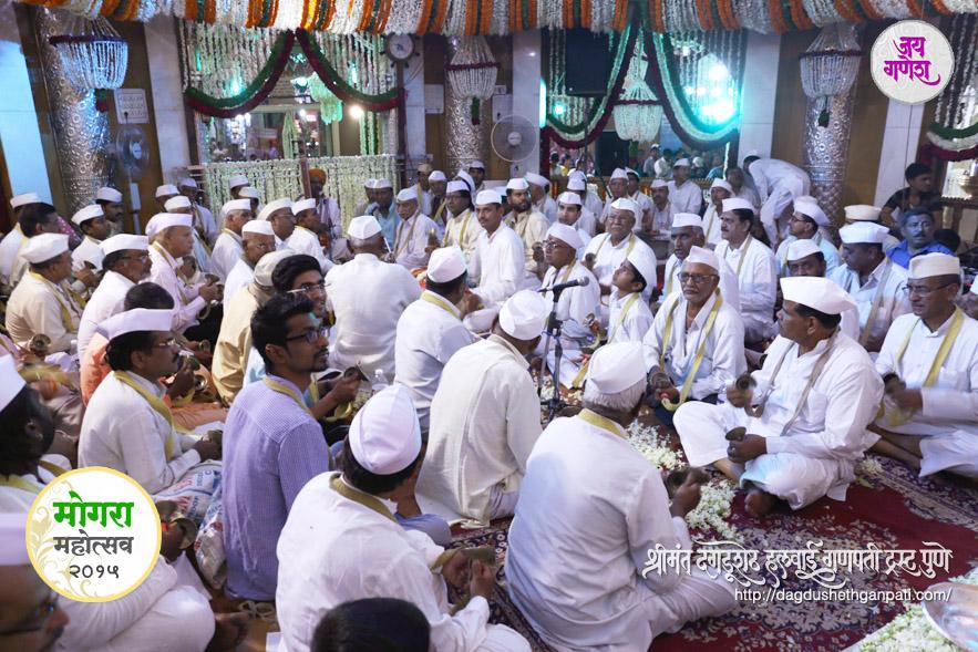 Dagadushethganapati_Mogara festival 2015_08